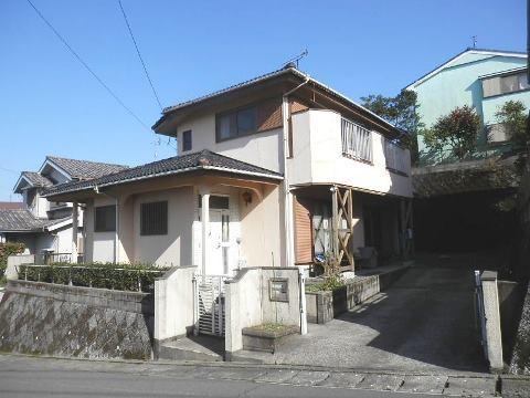 鹿児島市牟礼岡【貸家】木造2階建5DK駐車場3台付5万円