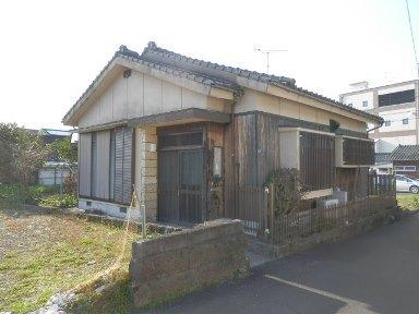指宿市大牟礼5丁目【売家)温泉付4DK木造平屋建350万円