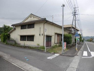 南さつま市加世田小湊【売家】国道沿4DK店舗可864万円