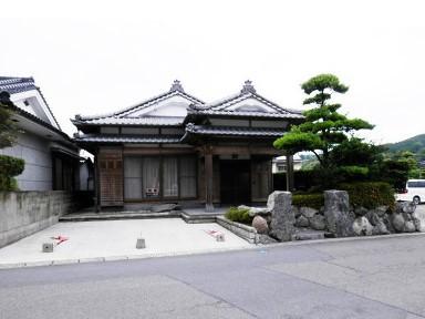 鹿児島市小山田町【売家】和風大4LDK木造豪邸1,980万円