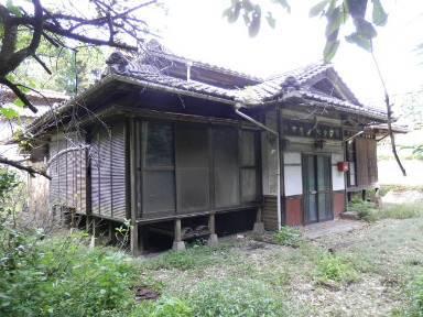 鹿児島市西俣町【売地】古民家風4DK平屋倉庫付500万円