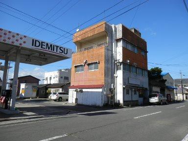 西之表市東町【売りビル】RC造4階建店舗付住宅680万円