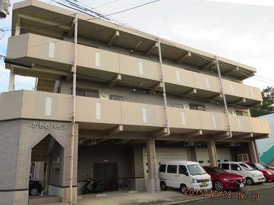 西之表市鴨女町【売ビル】鉄骨3階建6世帯+事務所3,900万円